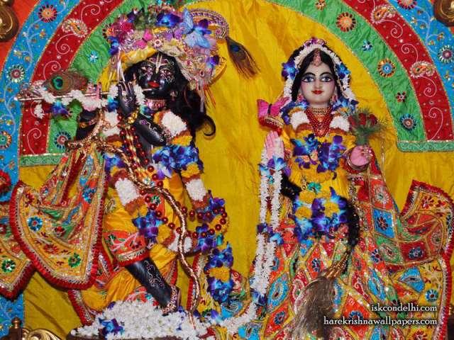 Sri Sri Radha Parthasarathi Wallpaper (012)
