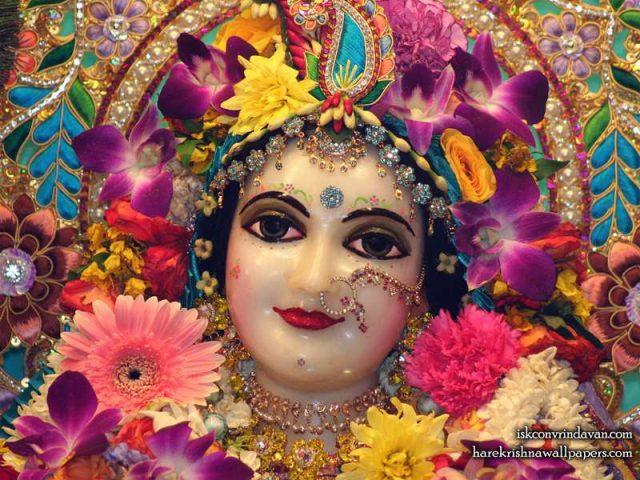 Sri Radha Close up Wallpaper (024)