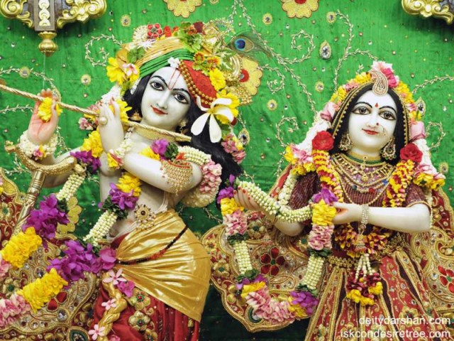 Sri Sri Radha Gopinath Close up Wallpaper (004)