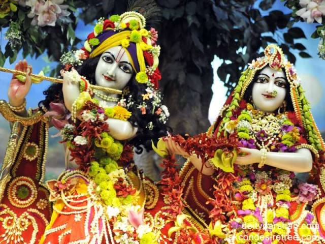 Sri Sri Radha Gopinath Close up Wallpaper (006)