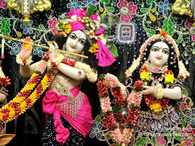 Sri Sri Radha Gopinath Close up Wallpaper (024)