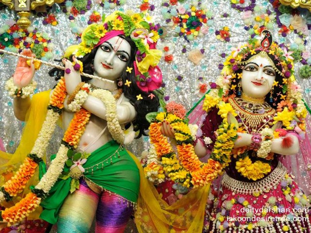 Sri Sri Radha Gopinath Close up Wallpaper (026)