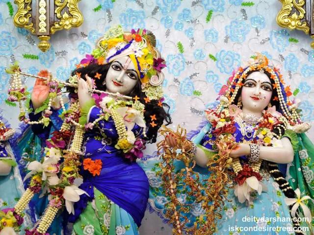 Sri Sri Radha Gopinath Close up Wallpaper (036)