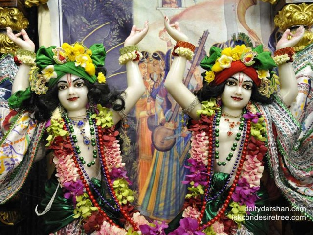 Sri Sri Nitai Gaurachandra Close up Wallpaper (010)