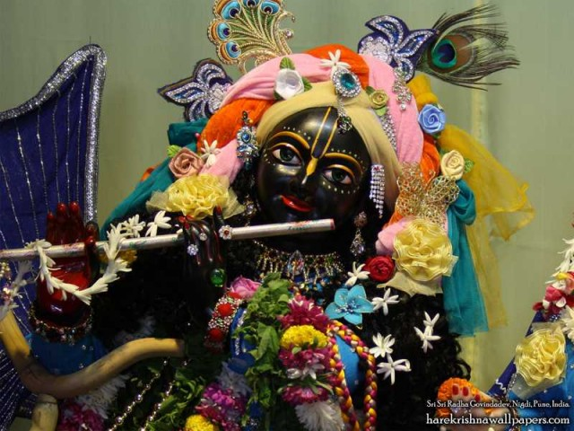 Sri Govind Close up Wallpaper (009)