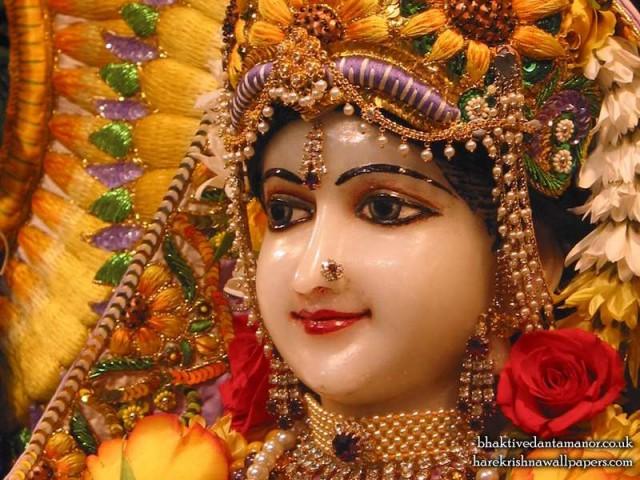 Sri Radha Close up Wallpaper (018)