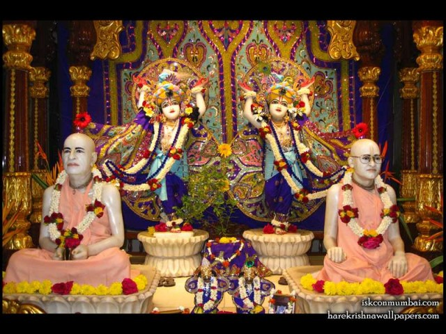 Sri Sri Gaura Nitai with Acharyas Wallpaper (002)