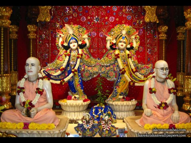 Sri Sri Gaura Nitai with Acharyas Wallpaper (008)