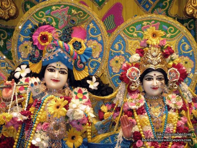 Sri Sri Radha Rasabihari Close up Wallpaper (009)