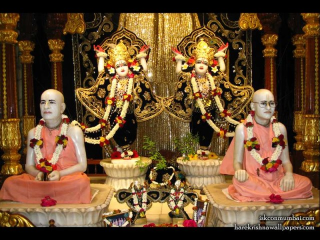 Sri Sri Gaura Nitai with Acharyas Wallpaper (013)