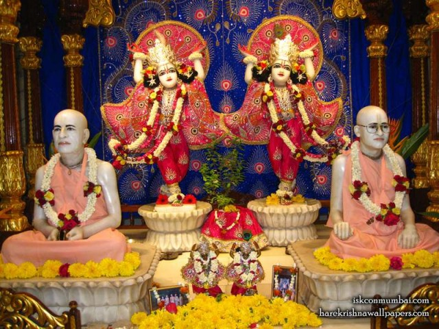 Sri Sri Gaura Nitai with Acharyas Wallpaper (014)