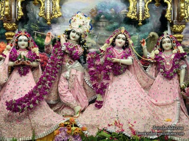 Sri Sri Radha Gopinath Lalita Vishakha Wallpaper (057)