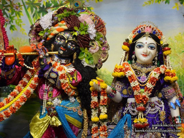 Sri Sri Radha Madan Gopal Close up Wallpaper (002)
