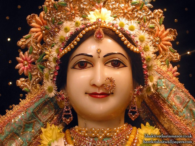 Sri Sita Close up Wallpaper (005)