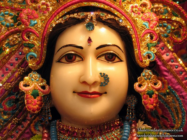 Sri Sita Close up Wallpaper (008)