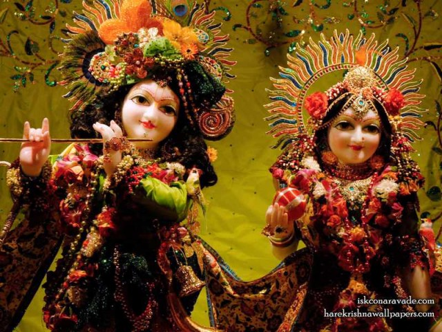 Sri Sri Radha Gopal Close up Wallpaper (001)