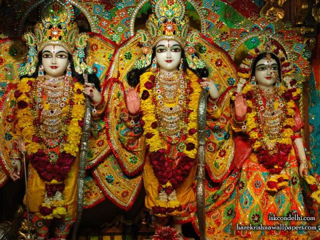 Sri Sri Sita Rama Laxman Wallpaper (004)