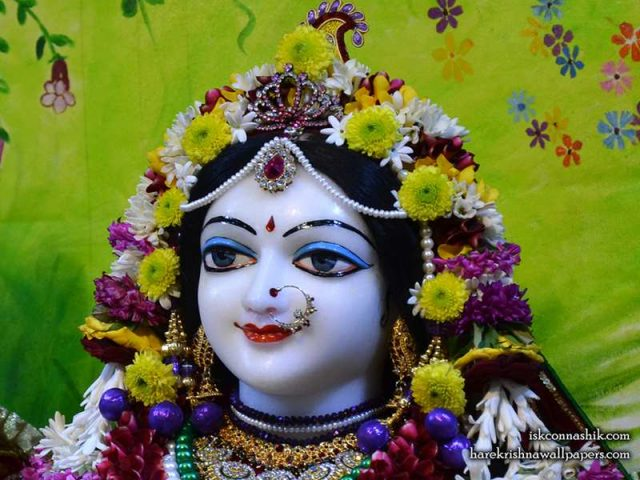 Sri Radha Close up Wallpaper (005)