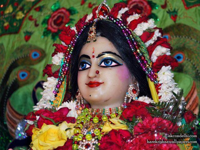 Sri Radha Close up Wallpaper (027)
