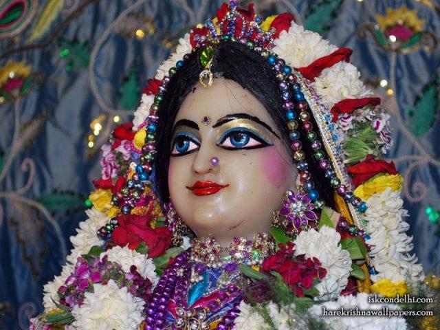 Sri Radha Close up Wallpaper (031)