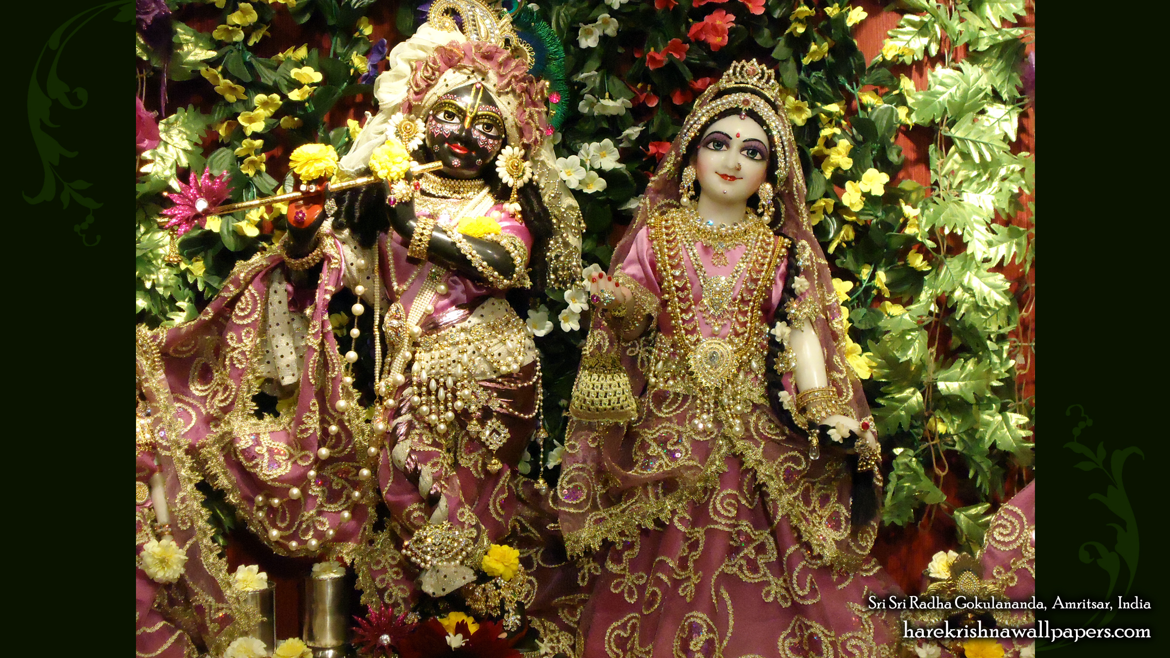 Sri Sri Radha Gokulananda Wallpaper (003) Size 2400x1350 Download