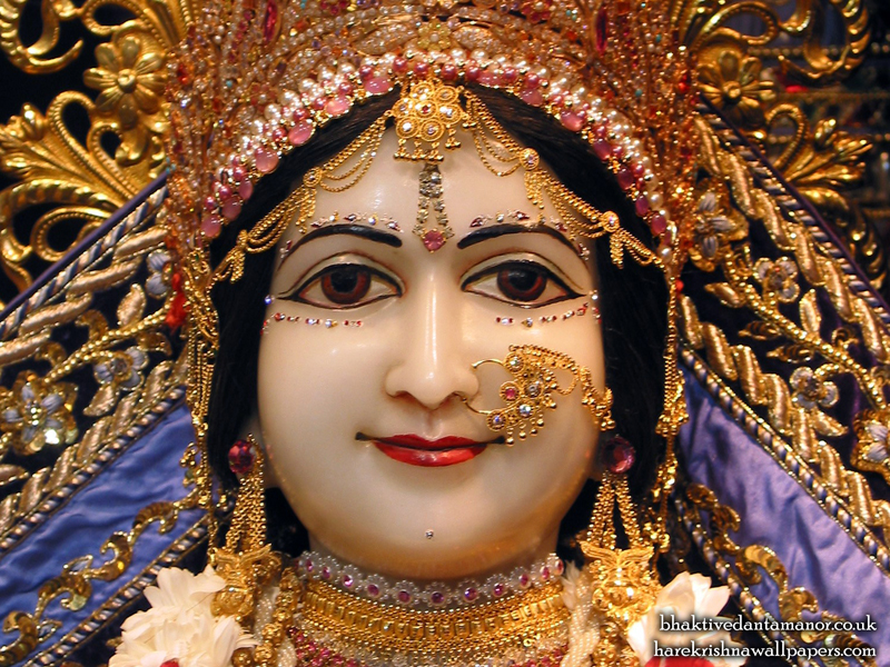 Sri Sita Close up Wallpaper (001)