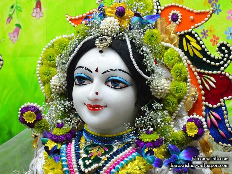 Sri Radha Close up Wallpaper (010)