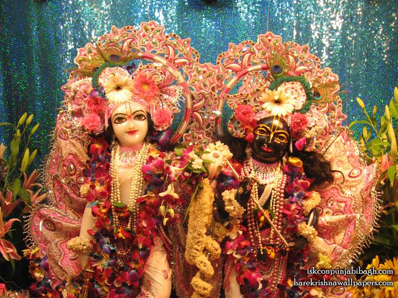 Sri Sri Krishna Balaram Close up Wallpaper (001)