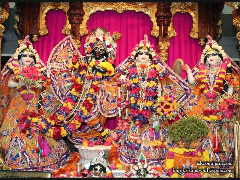 Sri Sri Radha Madanmohan Lalita Vishakha Wallpaper (008)