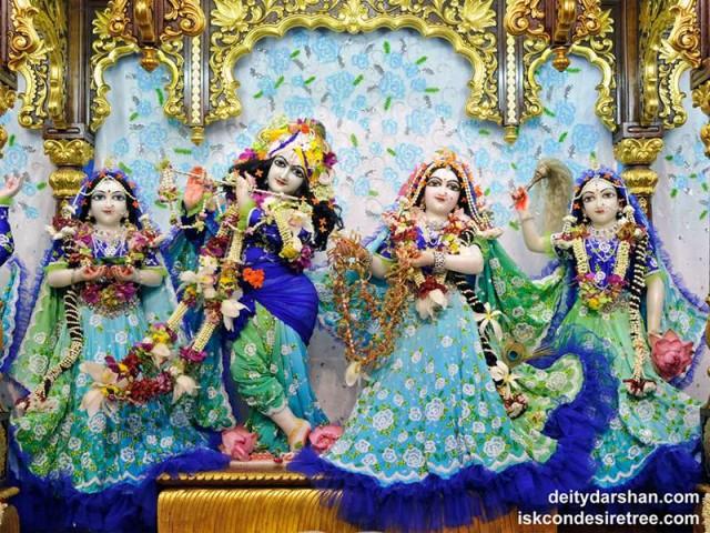 Sri Sri Radha Gopinath Lalita Vishakha Wallpaper (042)