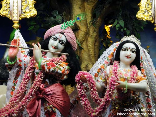 Sri Sri Radha Gopinath Close up Wallpaper (005)
