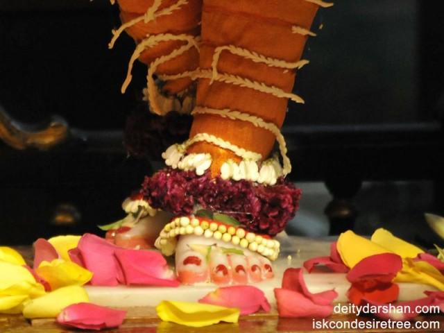 Sri Gaurachandra Feet Wallpaper (002)