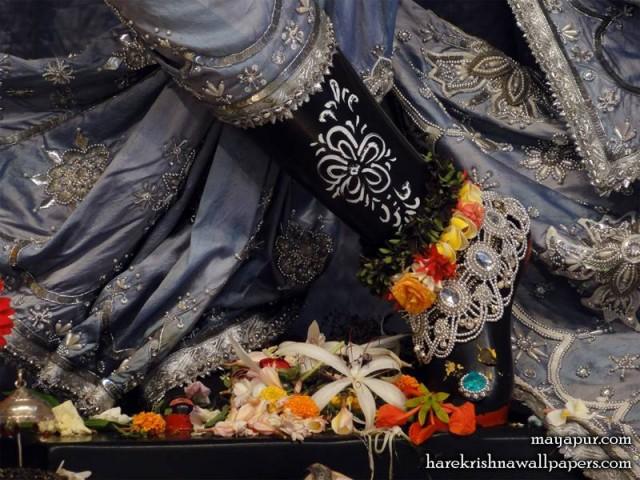 Sri Madhava Feet Wallpaper (013)