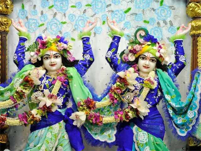 Sri Sri Nitai Gaurachandra Close up Wallpaper (017)