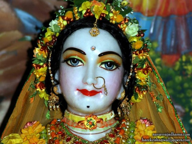 Sri Radha Close up Wallpaper (028)