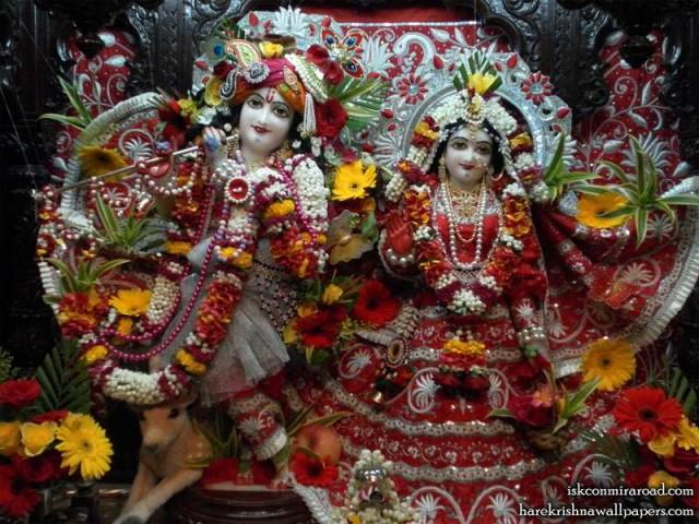 Sri Sri Radha Giridhari Wallpaper (006)