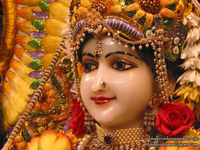 Sri Radha Close up Wallpaper (018)
