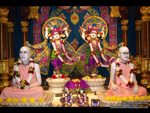 Sri Sri Gaura Nitai with Acharyas Wallpaper (007)