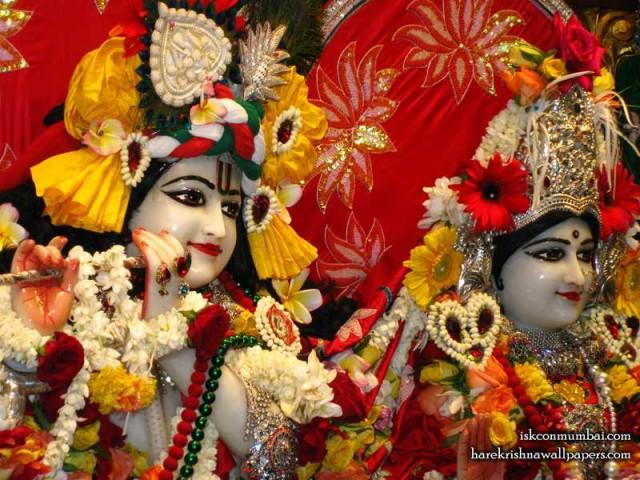 Sri Sri Radha Rasabihari Close up Wallpaper (026)