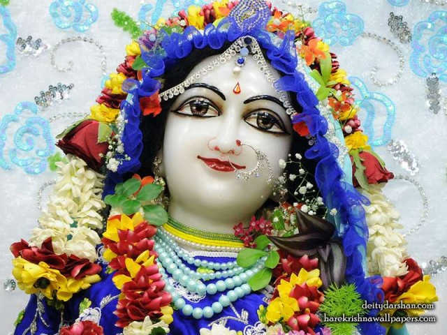 Srimati Radharani Close up Wallpaper (091)