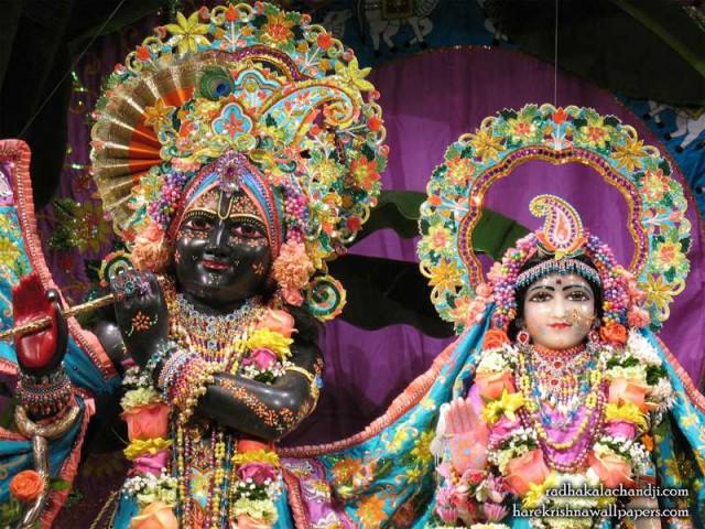 Sri Sri Radha Kalachanda Close up Wallpaper (003)
