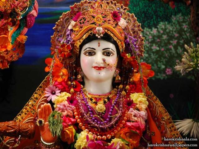 Sri Rukmini Close up Wallpaper (005)