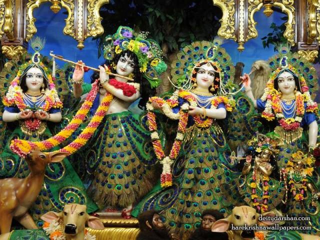 Sri Sri Radha Gopinath Lalita Vishakha Wallpaper (067)
