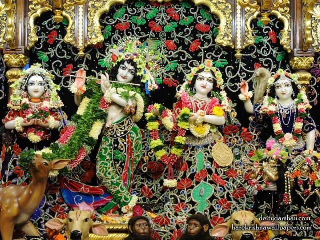 Sri Sri Radha Gopinath Lalita Vishakha Wallpaper (075)