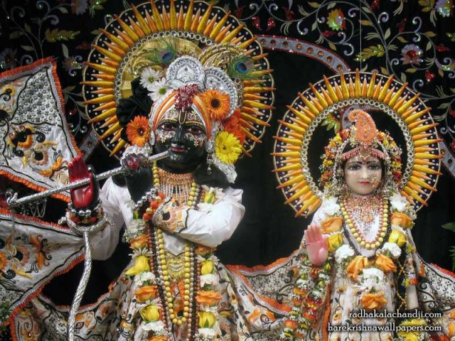 Sri Sri Radha Kalachanda Close up Wallpaper (004)