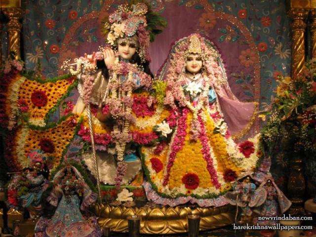 Sri Sri Radha Vrindavana Chandra Wallpaper (005)