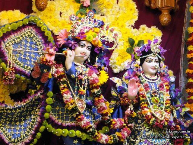 Sri Sri Radha Kunjabihari Close up Wallpaper (002)