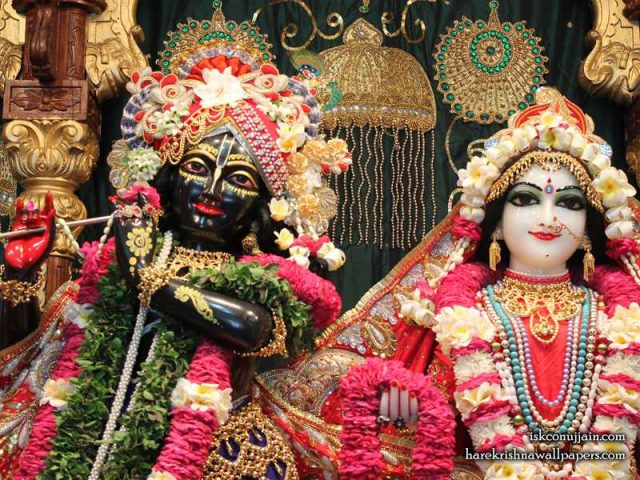 Sri Sri Radha Madanmohan Close up Wallpaper (002)