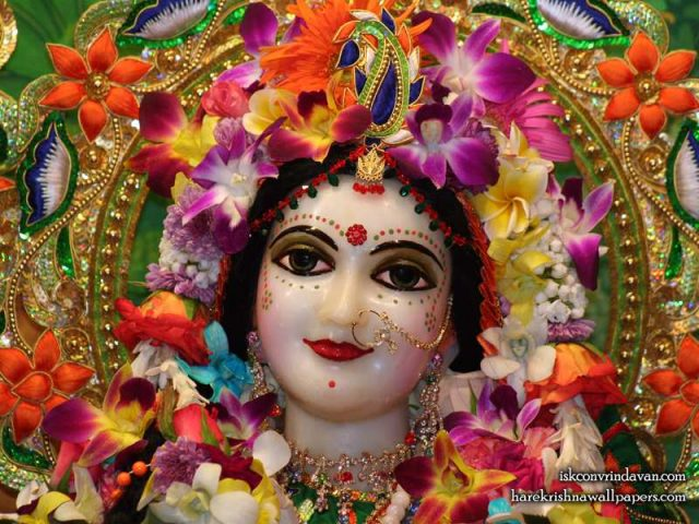 Sri Radha Close up Wallpaper (010)