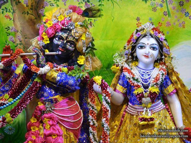 Sri Sri Radha Madan Gopal Close up Wallpaper (014)